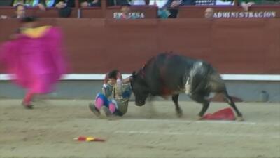 Joven torero recibe dos terroríficas cornadas en el cuello en Madrid