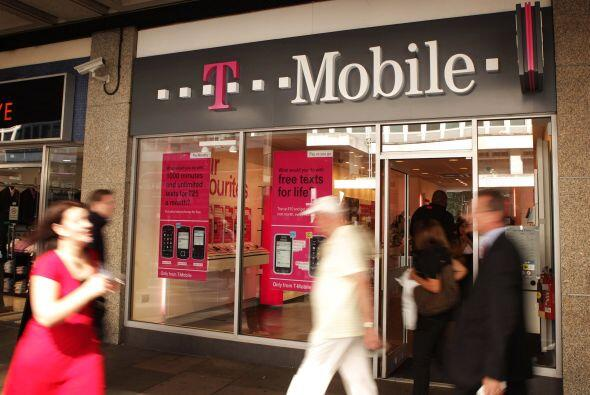 T-MOBILE USA- La compañía telefónica, la cuarta más grande de EU, tambié...