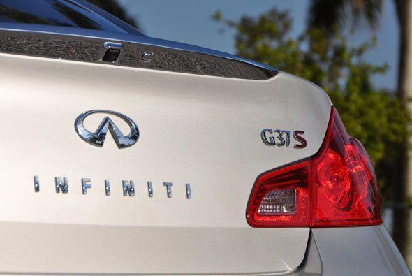 El Infiniti G 37S 2010 es uno de los mejores sedanes deportivos de lujo...