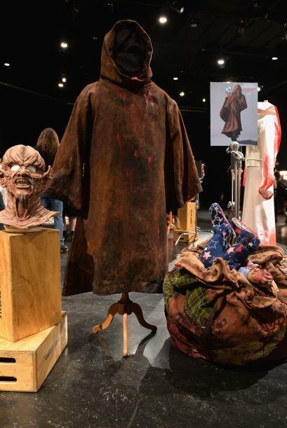 Vestuario, disfraces y caracterizaciones terminadas se presentaron en la...