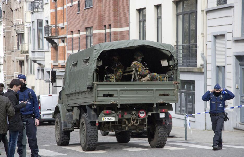Ataques simultáneos sacuden a Bélgica bruselas19.jpg