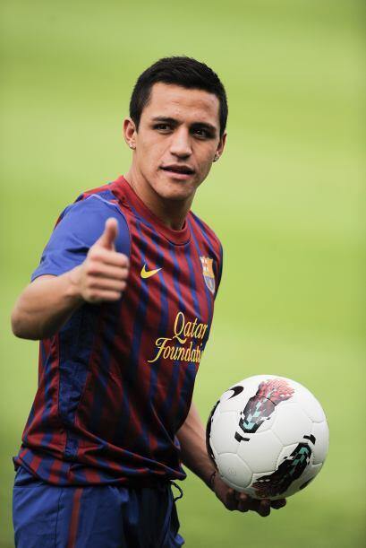 Y así fue, Alexis vistió el nuevo uniforme.