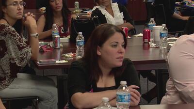 'Empowering Latinas', una campaña para mujeres que buscan tener licencia en bienes raíces