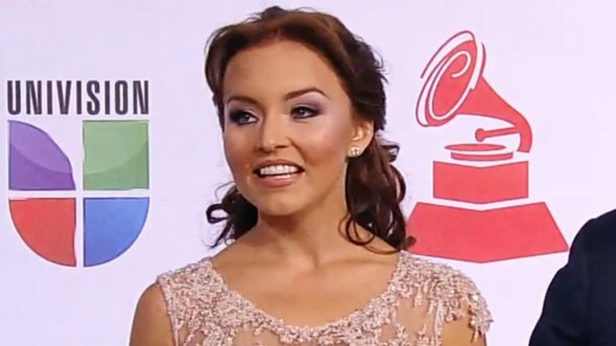 Angelique Boyer cumplió 25 y se puso sentimental