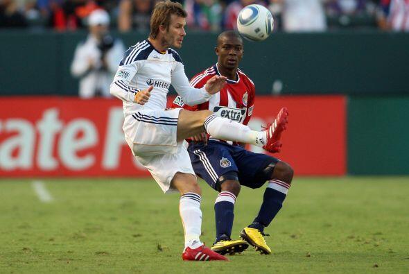 Si bien Beckham anotó un golazo, su compañero Buddle se convirtió en el...