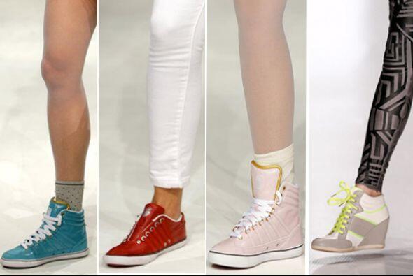 El calzado deportivo ha evolucionado y hoy en día nos trae una extensa g...