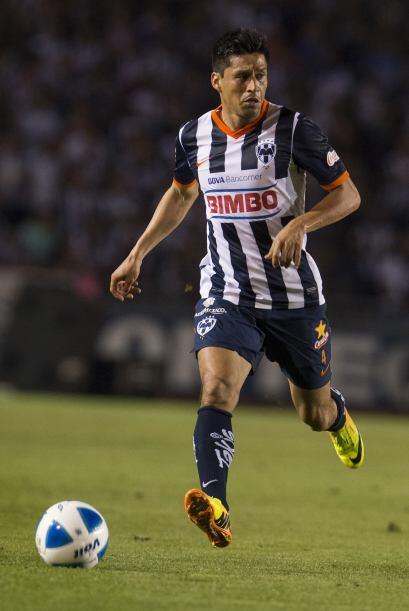 La zaga tendrá la experiencia de Ricardo Osorio, un jugador que sabe coo...