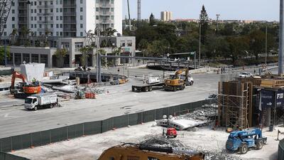 Revelan nuevos videos de los instantes previos al colapso del puente de FIU
