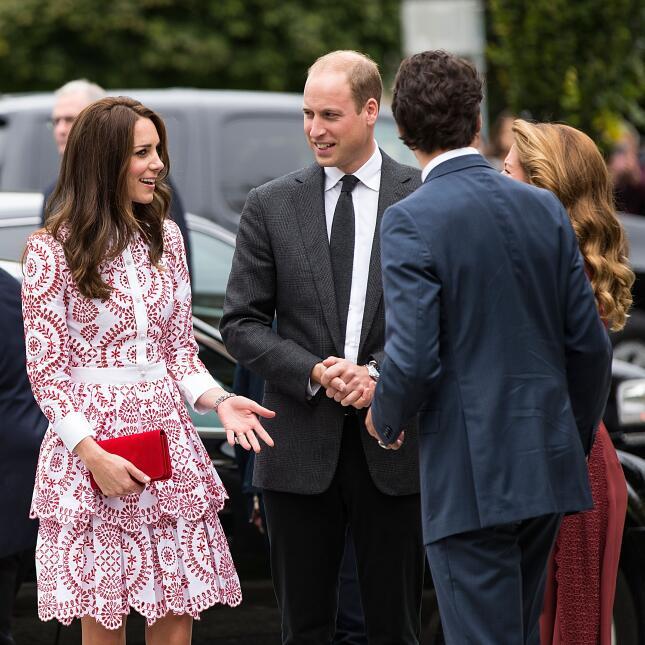 Los 50 mejores vestidos que usó Kate Middleton en 2016 GettyImages-61052...