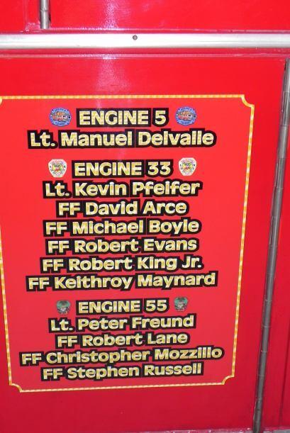 Carro bombero recuerda a sus caídos el 9/11 d17b463d8a6d4489be8266db446f...