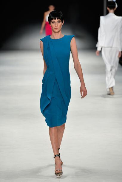 El azul es un color que nunca pasa de moda y el verano es una buenísima...