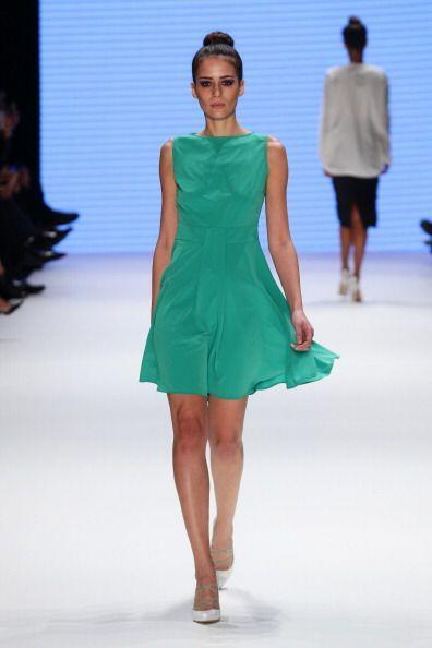 ¡La moda primaveral se llena de vida, colores, 'prints' y texturas para...
