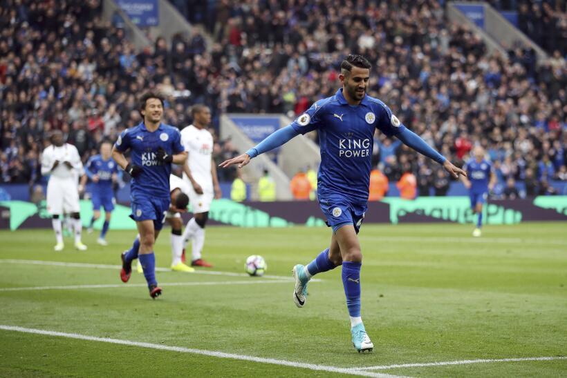 Riyad Mahrez estaría encaminado a firmar con la Roma desde el Leicester...
