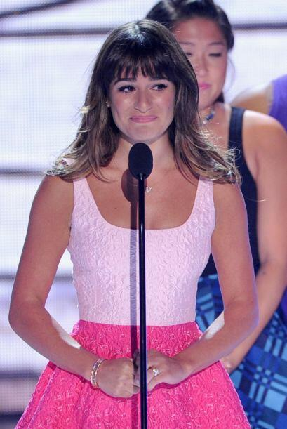 Lea Michele dedicó su victoria a su amado Cory Monteith.  Mira aquí lo ú...