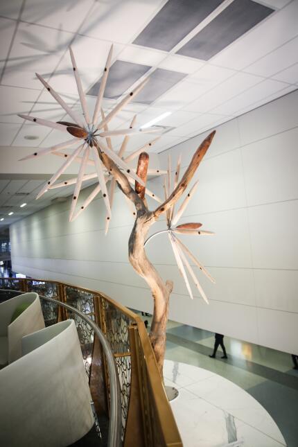 Así es la megatienda sin impuestos que abrió en esta terminal de Texas i...