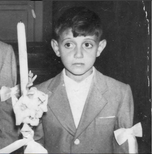 Franco Atilio De Vita De Vito nació el 23 de enero de 1954, en Caracas,...