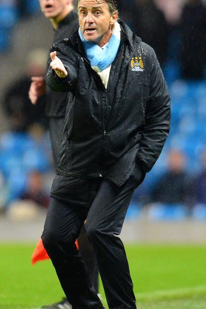 El City caía 4-2 y el entrenador Roberto Mancini no lo podía creer.