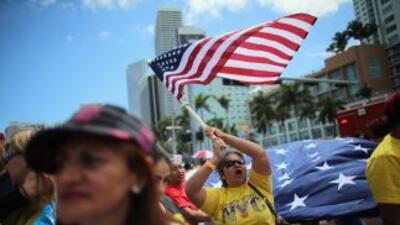 Miles de inmigrantes saldrán a las calles este 10 de abril para pedirle...