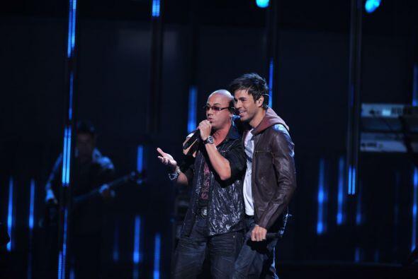 En el 2009 cantó junto a Wisin y Yandel el tema 'Lloro por ti'.