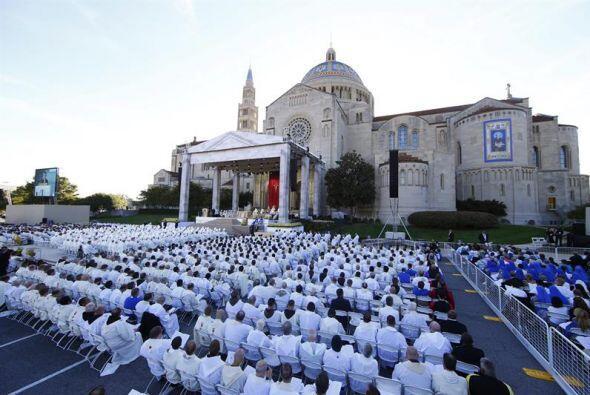 Así la vista de la Basílica del Santuario Nacional de la Inmaculada Conc...