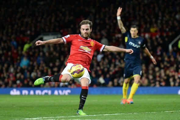 Juan Mata tuvo varias ocasiones al frente pero la dirección no es...