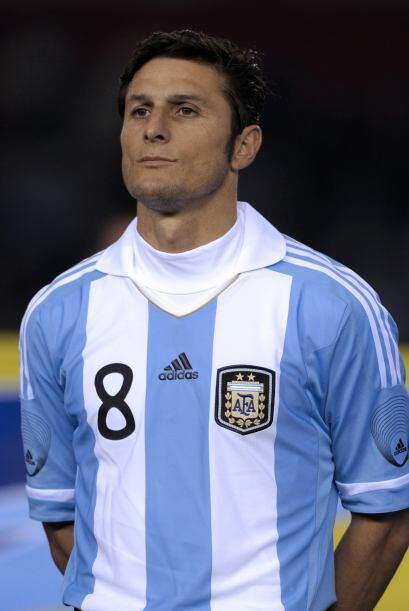 Javier Zanetti es, desde hace casi quince años, una presencia fundamenta...