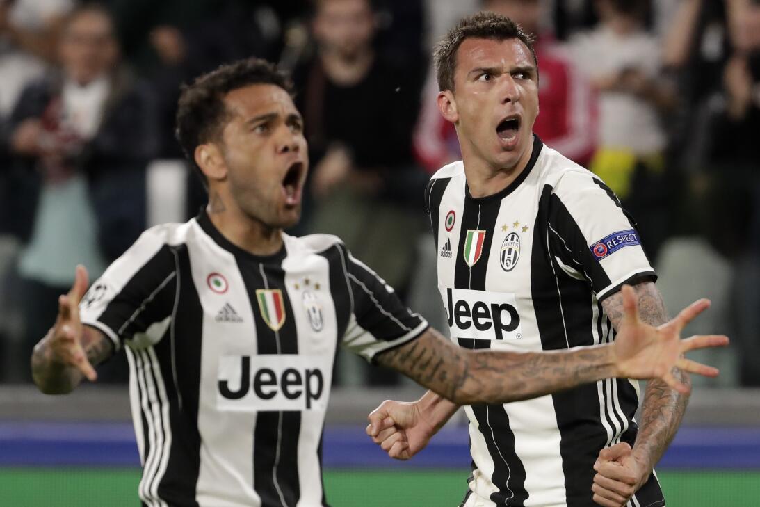 ¿Finalmente Buffon será recompensado con 'La Orejona'? AP_17129699732476...