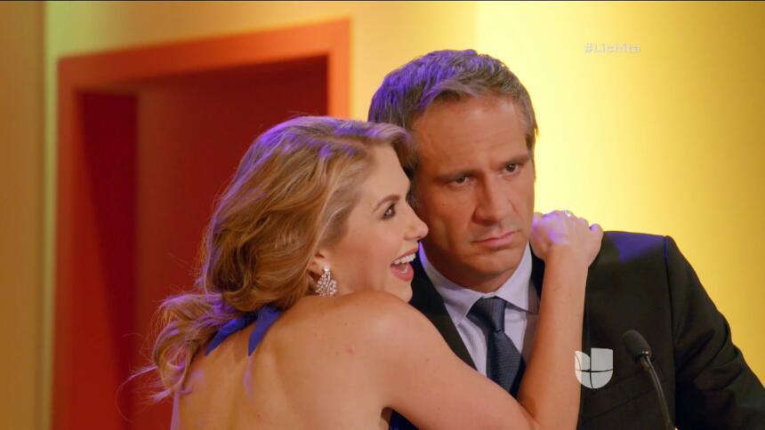 Ni modo, ¡a Alicia se le escapó el amor!
