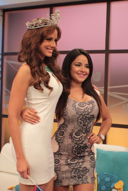 Otra belleza latina que posó con la nueva reina fue nada menos que su co...