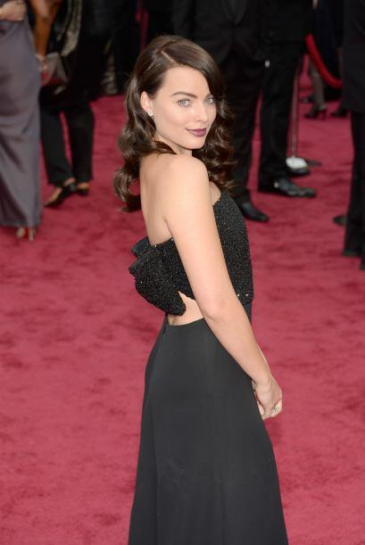 Margot Robbie nos quiso presumir su linda espalda de esta manera.