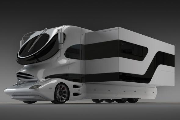 Este vehículo de más de 20 toneladas y más de 40 pies de largo ofrece un...