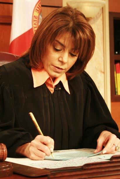 La jueza Cristina Pereyra toma nota de este importante caso.