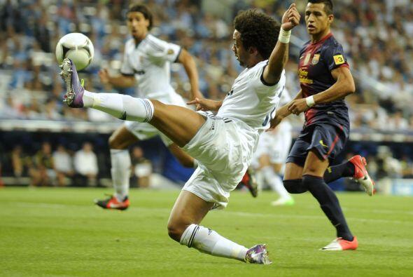 En los contragolpes, el Madrid tenía la ocasión de matar a los barceloni...