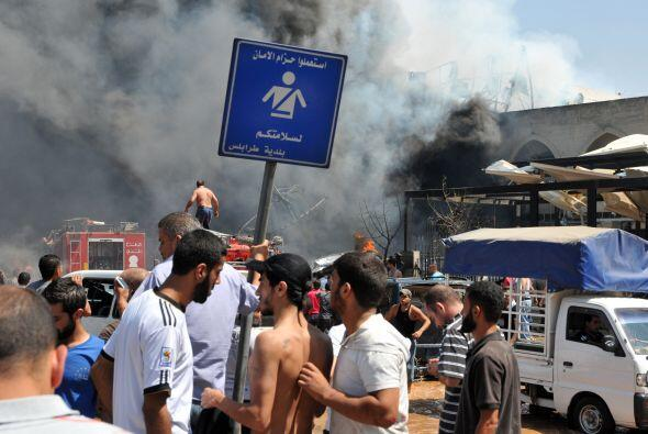 Las explosiones coincidieron con el rezo musulmán del viernes, por lo qu...
