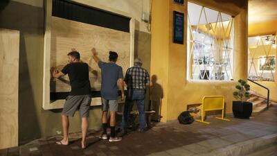 Autoridades en Sinaloa, Nayarit y Jalisco se preparan ante el inminente impacto del huracán Willa