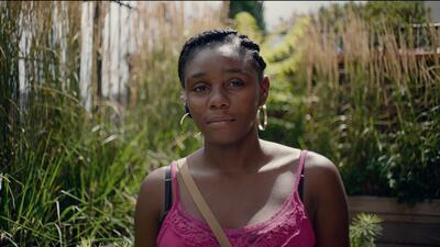 Esta es la historia de cómo Nilda, una inmigrante hondureña en busca de asilo, terminó protagonizando un famoso video musical
