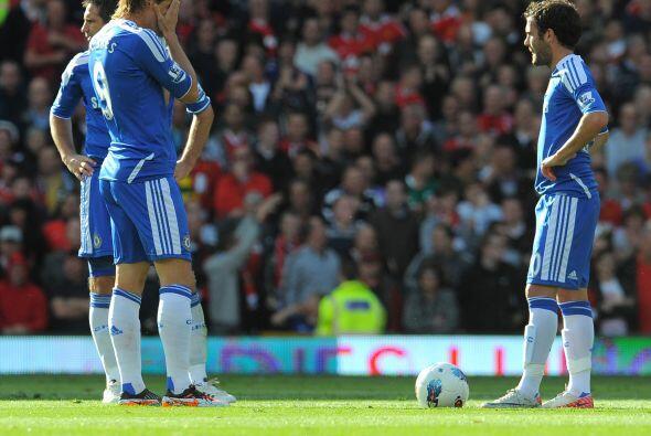 Terminó el primer tiempo y los jugadores 'Blues' no podían...