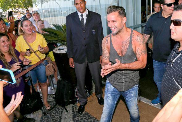 Al terminar, Ricky apareció ante sus fans.