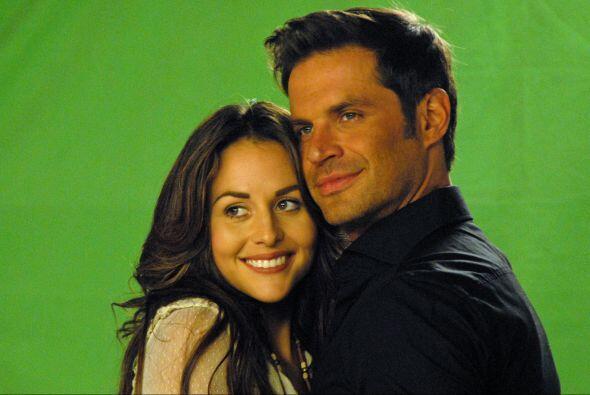 """Al principió """"Mateo"""" no le hará mucho caso a """"Abigail"""" porque estará ¡co..."""