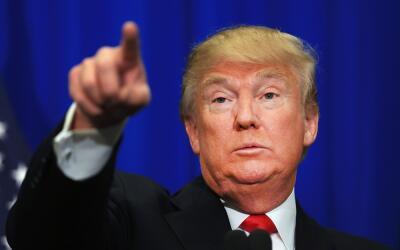 El presidente Trump culpa a los demócratas de la ley aprobada cua...