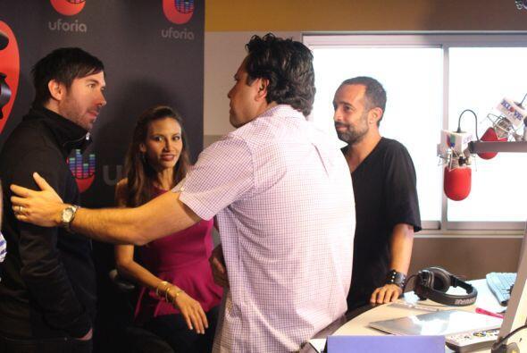 Camila sorprende a Omar y Argelia