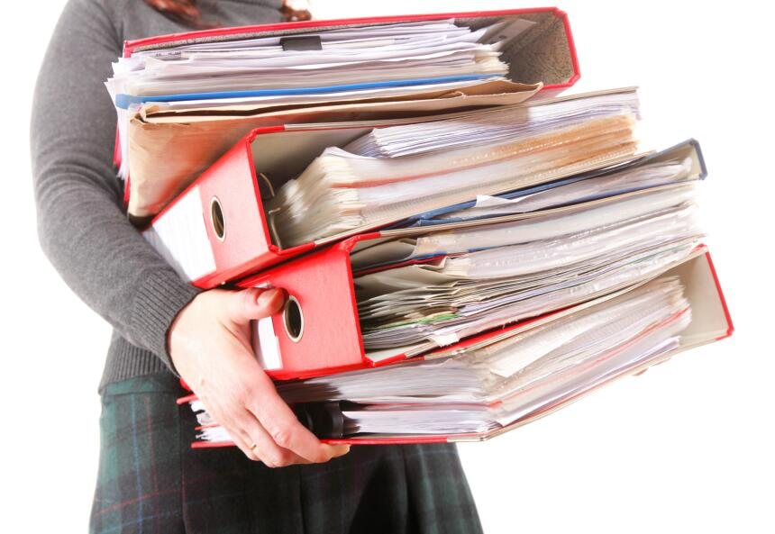 Pon orden. Tener tus archivos y correos electrónicos organizados por cli...