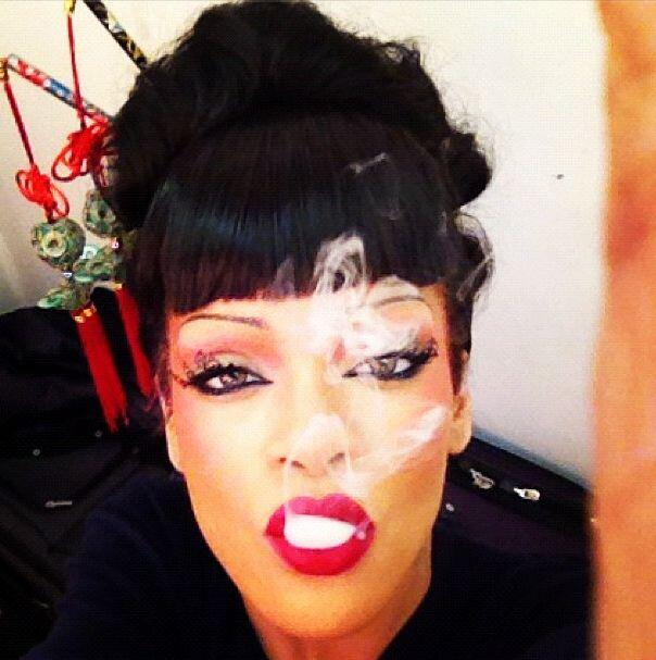 """Me encanta ser creativa""-Rihanna."