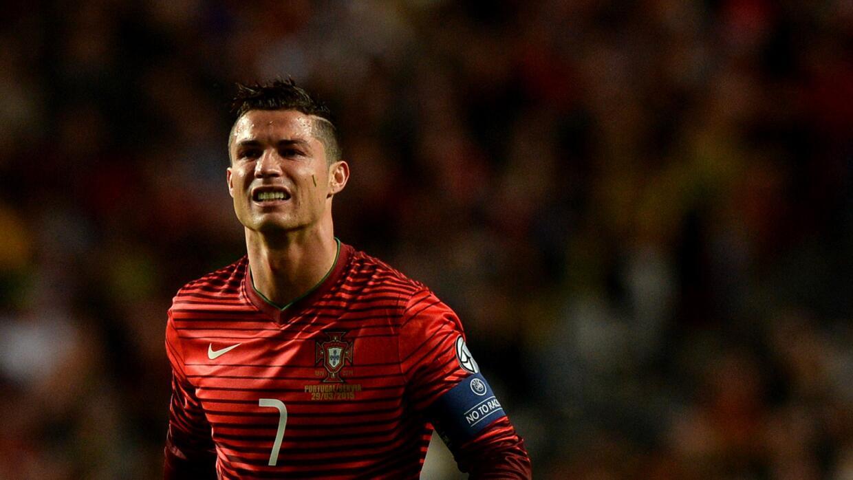 Cristiano Ronaldo marcó los tres goles de Portugal ante Armenia