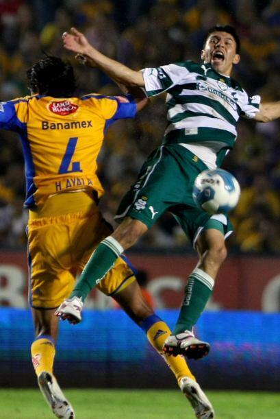 En la semifinal, en el partido de vuelta, ante Tigres, marcó dos goles e...