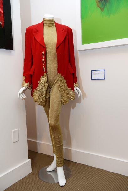 Por una chaqueta de Whitney Houston se pedían hasta $2,000.