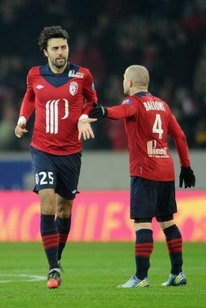 El defensa montenegrino del Lille anotó el gol con el que su club...