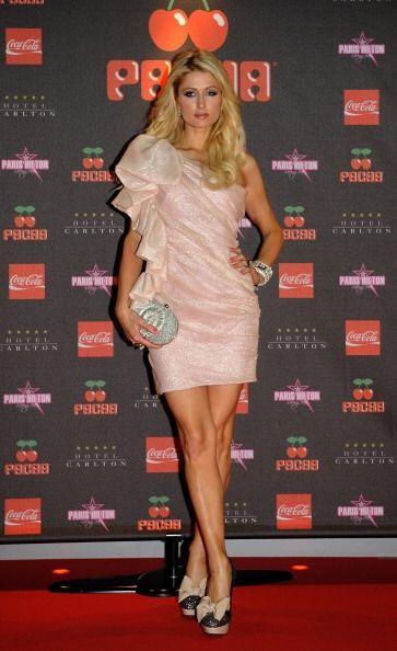 Entre la colección de Paris Hilton se pueden encontrar desde 'modelitos'...