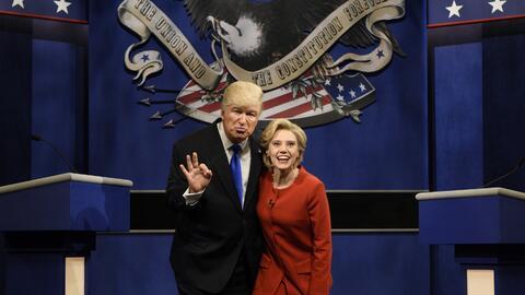 Saturday Night Live parodia el segundo debate presidencial.