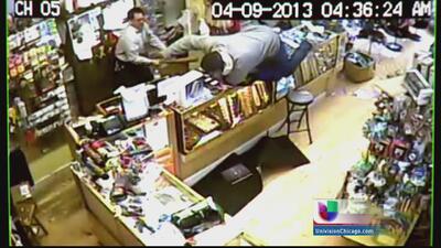 Heroico comerciante latino enfrenta violento robo a mano armado